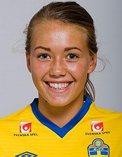 Elin Landström har skrivit på för KGFC inför säsongen 2016.