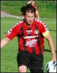 Olle Nordberg sköt via två mål i den andra halvleken mot IFK Sumdsvall sitt Sidsjö-Böle kvar i fyran. Här i Söders vackra dress dock.