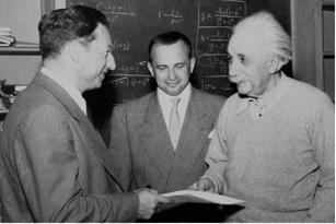 Albert Einstein tillsammans med Leo Schwartz och High Salpeter från The American Friends (1949).