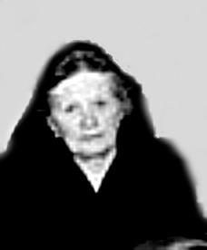 """A. 35 (6) Endast digital bild. Elisabeth Larsson - """"Lisa Larsson"""" - """"Mode-Lisa"""" - kärt barn har många namn!  Bilden tagen vid en söndagsskolefest 1957. Ett av de ovanliga tillfällen då hon deltog  offentligt, förutom i sin affär.   (Bild från Skarke-Varnhems Hembygdsförenings arkiv, 2014). Formalia; Karl Gustaf Larsson född 6/9 1854 i Norra Lundby död 19/2 1941  i Gärdhem i Varnhem gift 19/5 1920  med  Elin Maria Elisabet Larsson född 9/3 1898 i Varnhem död 1/9 1984  i Våmb  adress Gröna Vägen 42 A, Skövde. Insatt av Kent Friman, 2014-08-12"""