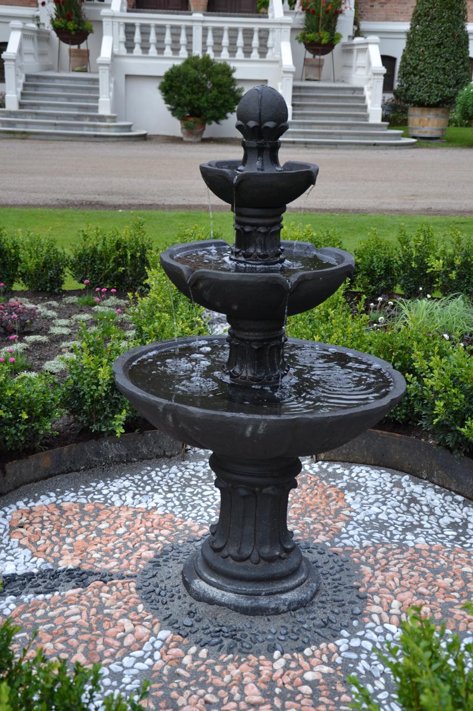 Fontän trädgård