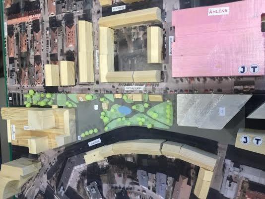 Nätgrppen Trivsam Stadskärnas modelltorg . Bild från visningen på Stadsbiblioteket