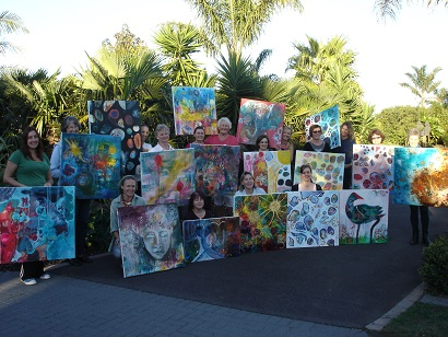 ... and all the 17 paintings and smiling faces!