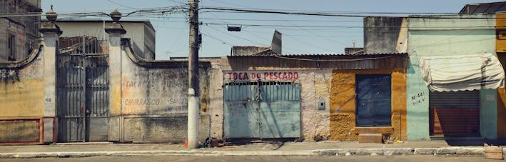 Toca de Pescado (From the series Scenes From the Concrete Jungle) 48x150 cm