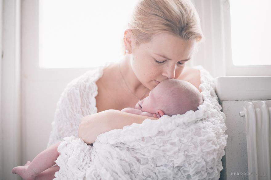 Nyföddfotografering i Simrishamn. Rebecca Wallin