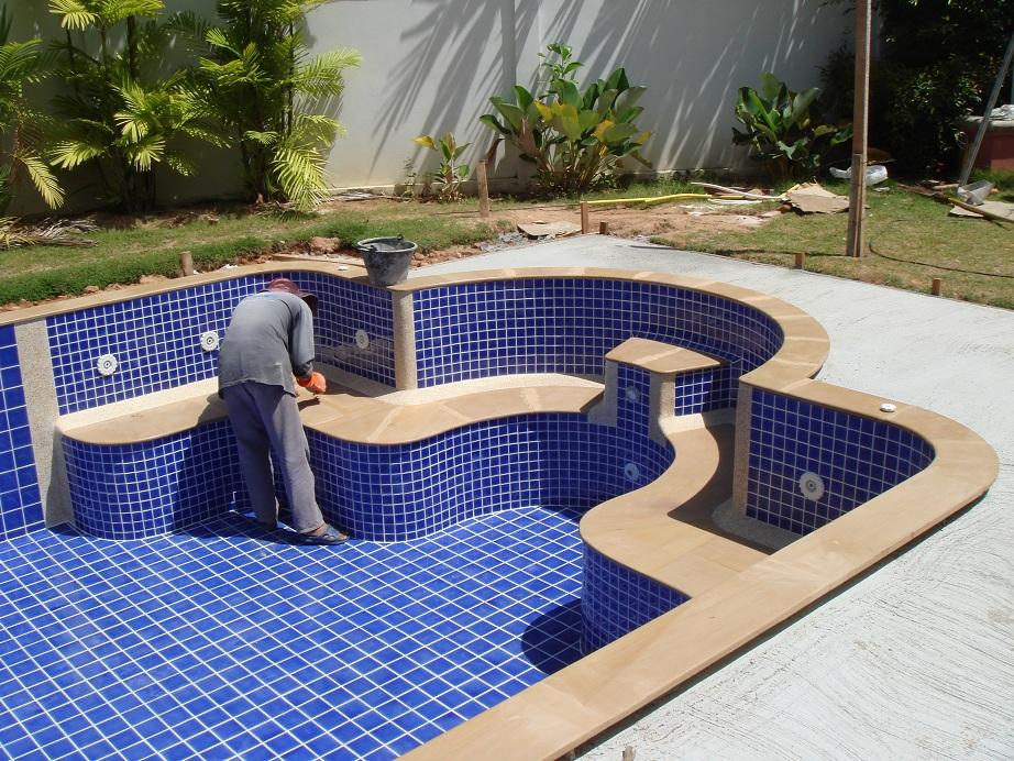 Pooler pool modeller och priser sunshinehouse for Pool billig