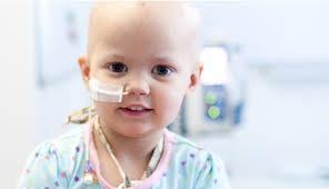 Behandlingsplanen för barn med leukemi sträcker sig över 2,5 år, och det är en lång lista med mediciner och medicinska insatser
