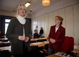 Christel Cedeerberg och Gun Rudqvist, två av föredragshållarna