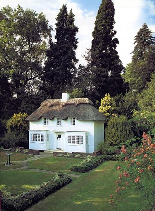 Drottning Elisabeths lekstuga på Royal Lodge i Windsor