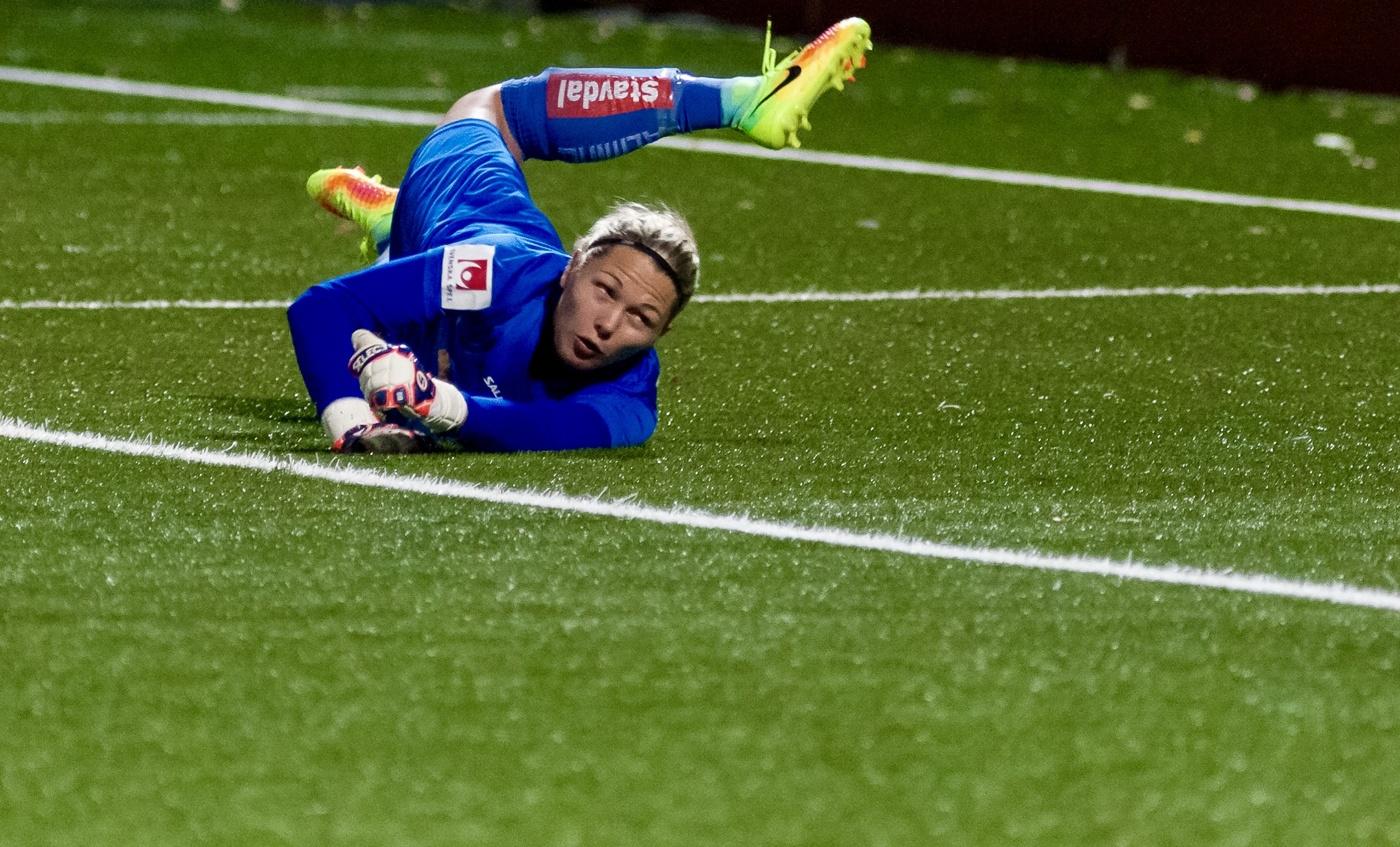 Psg vill flytta fram semifinalen i cupen