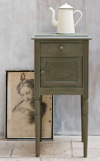Annie Sloan Paint Olive