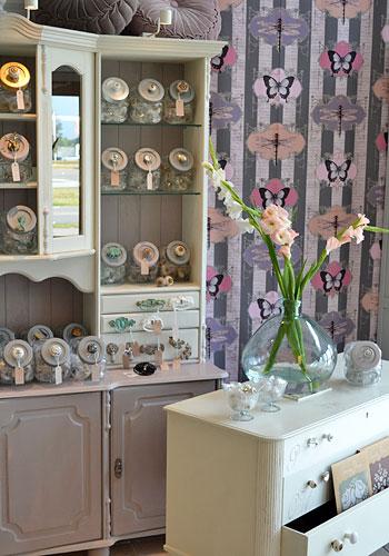 Stor sortering knoppar & beslag till möbler i Monicas Butik