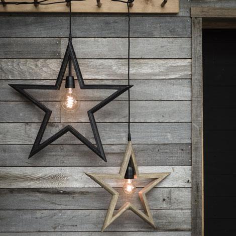 Stjärna i rustik lantlig stil. Naturfärgat trä.rustik stjärna