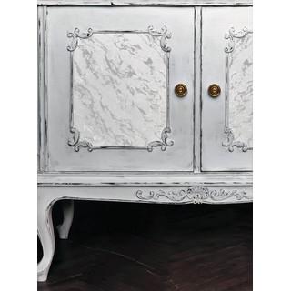 IOD Iron Orchid Design Dekorstämpel Carrara Marble ger på ett fantastiskt sätt en yta som marmor