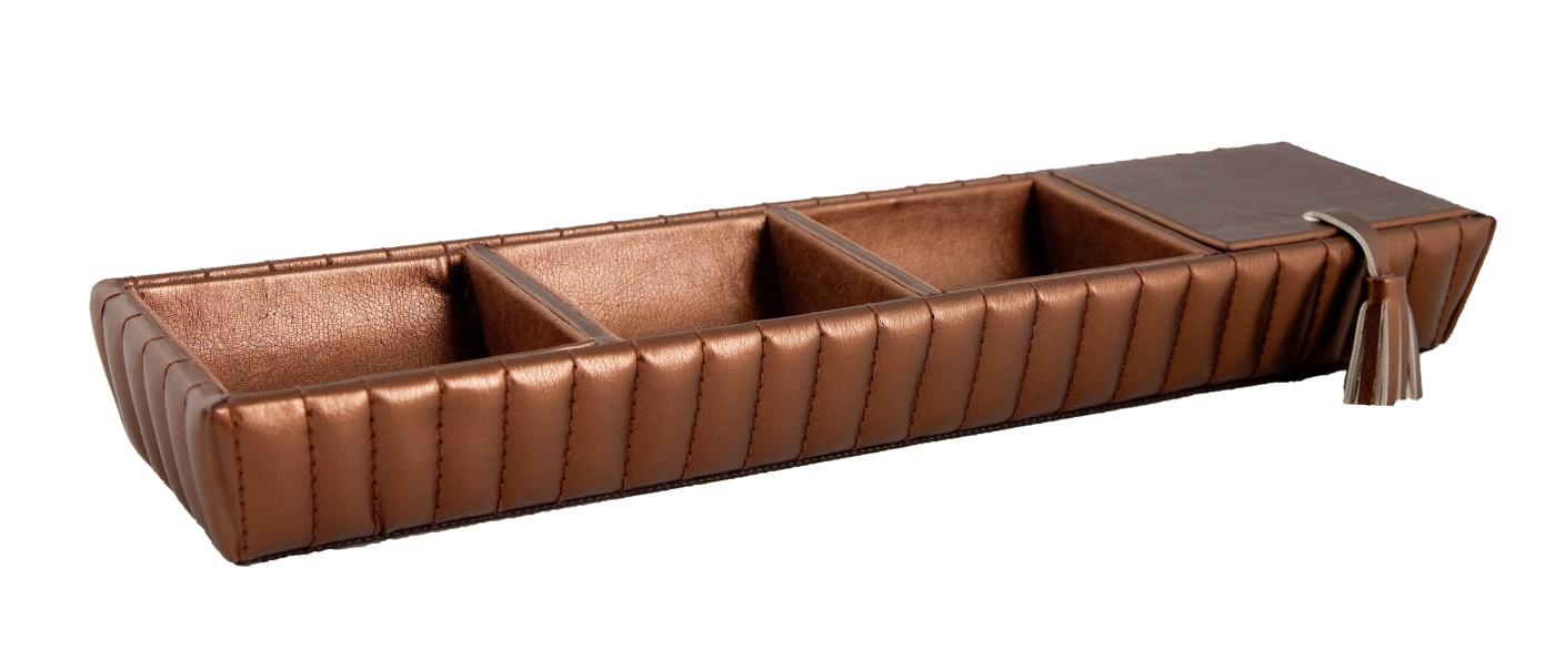 Accessory tray