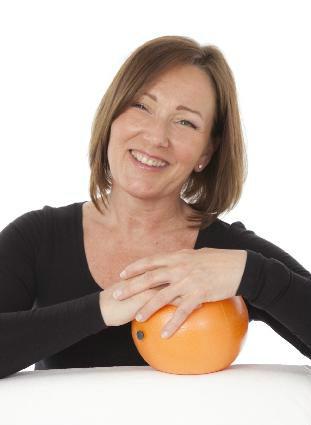 Anette Ljungberg, Occupational Therapist / Leg. Arbetsterpeut ChiBall Master Trainer och RGRM terapeut.  Ansvarig för ChiBall utbildningar i Sverige, Norge och Danmark.