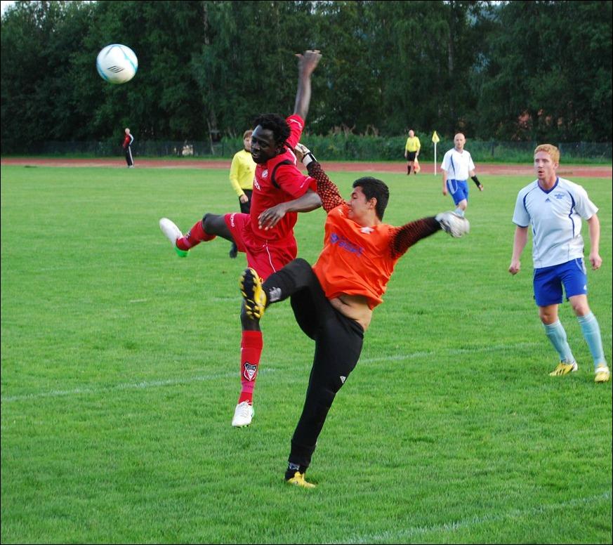 Lamin Saidys Granlo besegrade Hassan Ali Jans Fränsta med 3-1. Båda lagen  dock 3624d2026d4d0