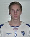Oliwer Karlsson har kritat på för division 3-laget Sund.