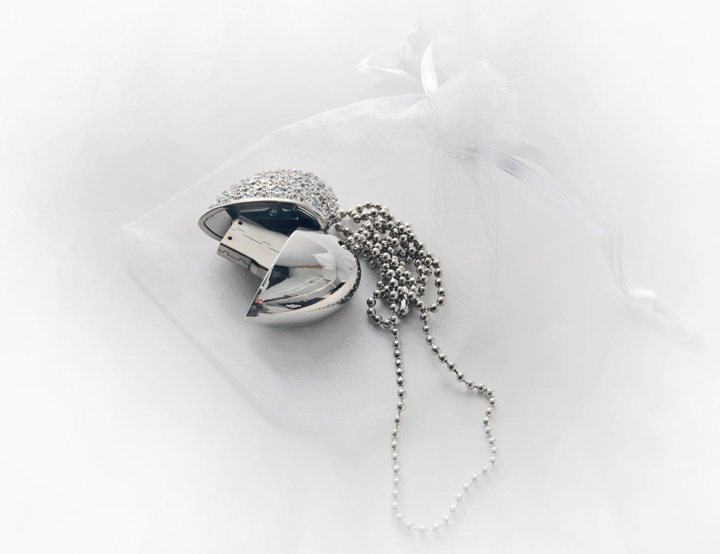 silverhjärta 8 gb