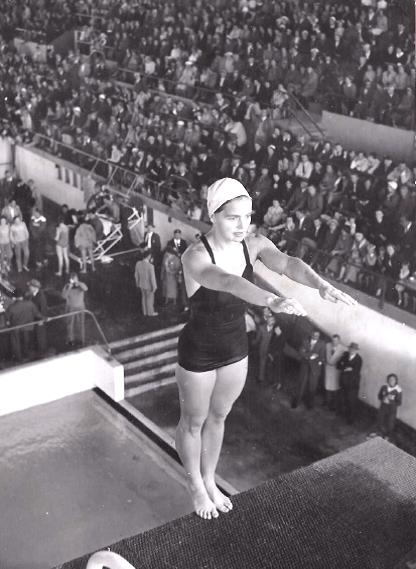 1956 Birte Hansson - Birte som svensk medborgare på OS i Melbourne 1956.