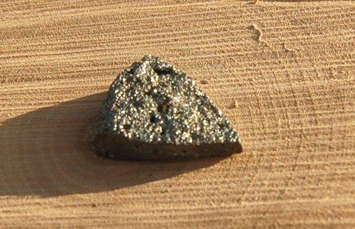 Goldenpyritdrusy21x7mm 2