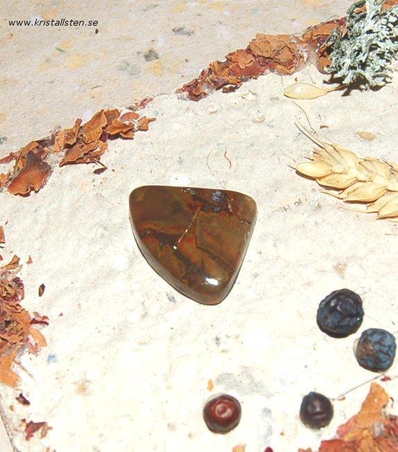Boulder Opal 32x25mm 2