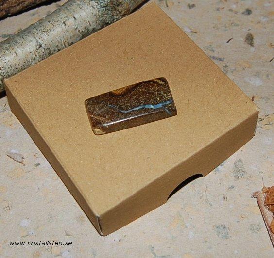 Boulder Koroit Opal 30x15mm