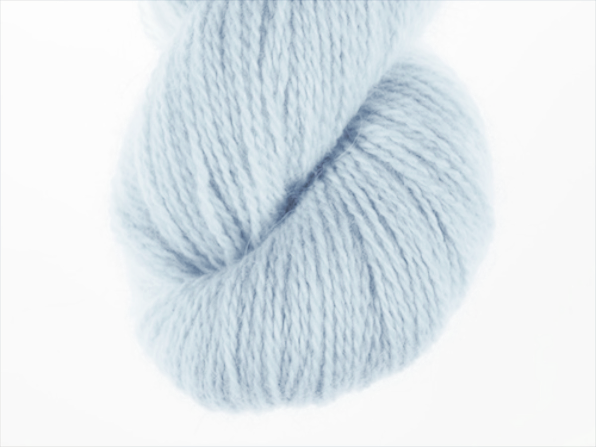 Bohus Stickning garn yarn BS 134 light blue maincolor