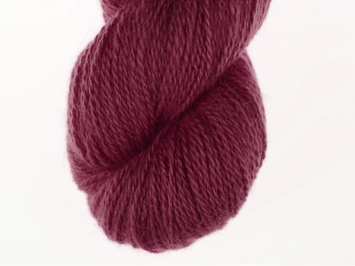 Bohus Stickning garn yarn BS 99 dark purple-red