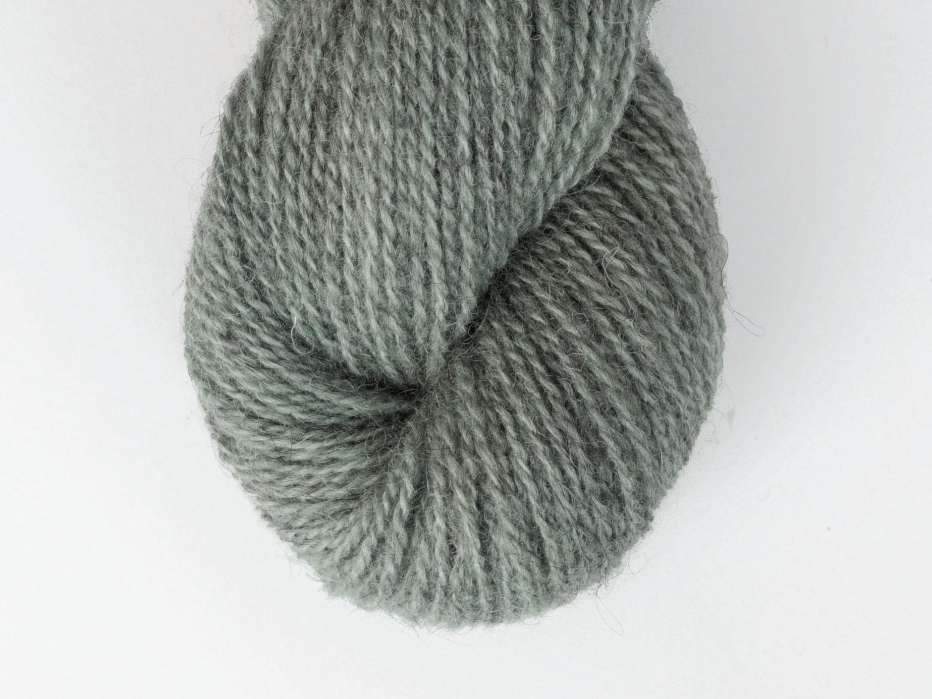 Bohus Stickning garn yarn BS wool 114 dark gray green