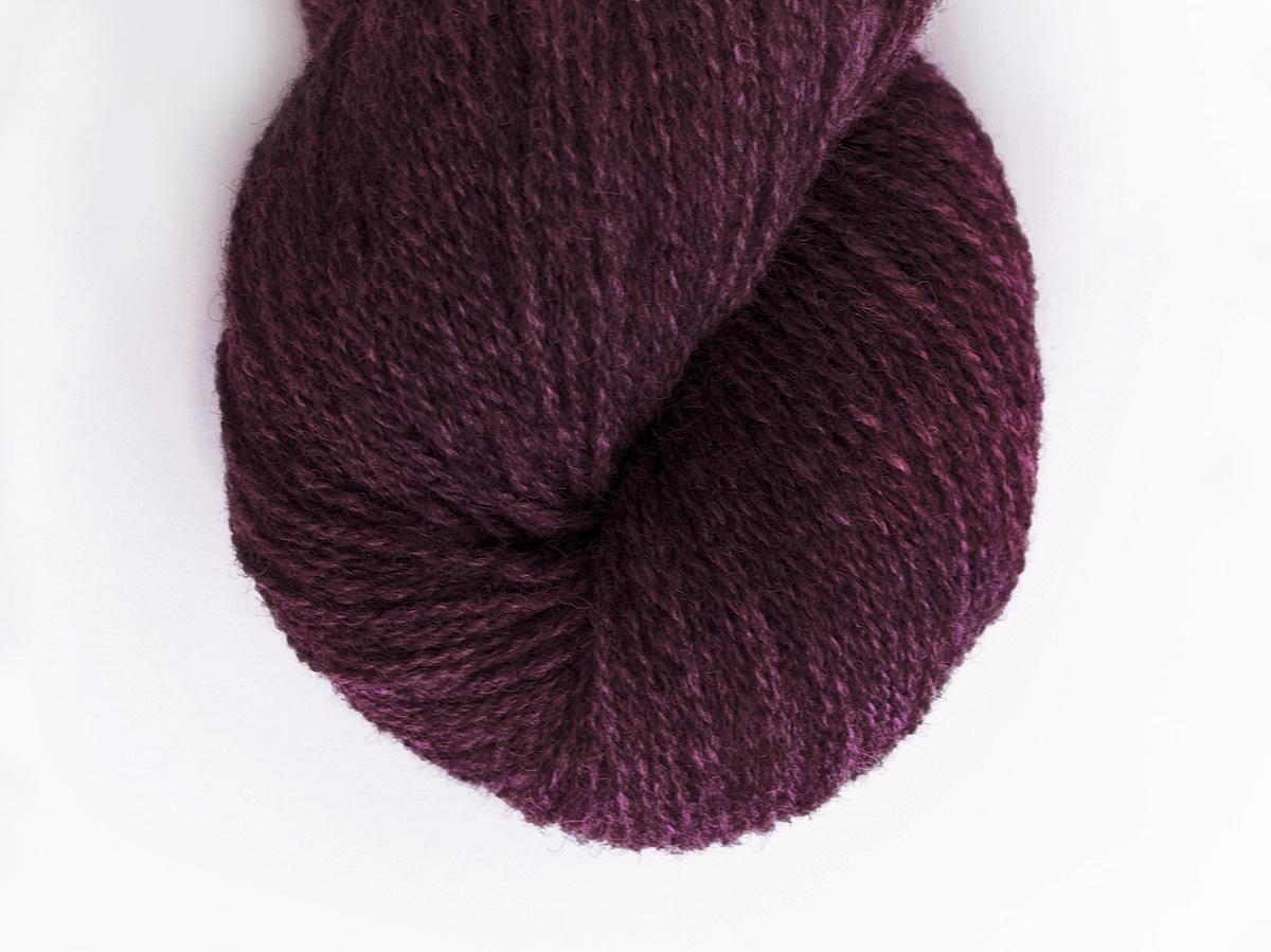 Bohus Stickning garn yarn BS Q317 wool aubergine