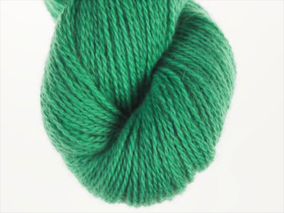 Bohus Stickning garn yarn BS 112 light yellow-green