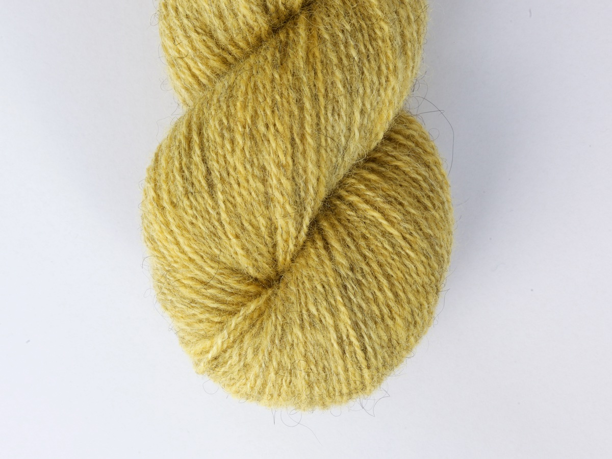 Bohus Stickning garn yarn BS 46 wool yellow