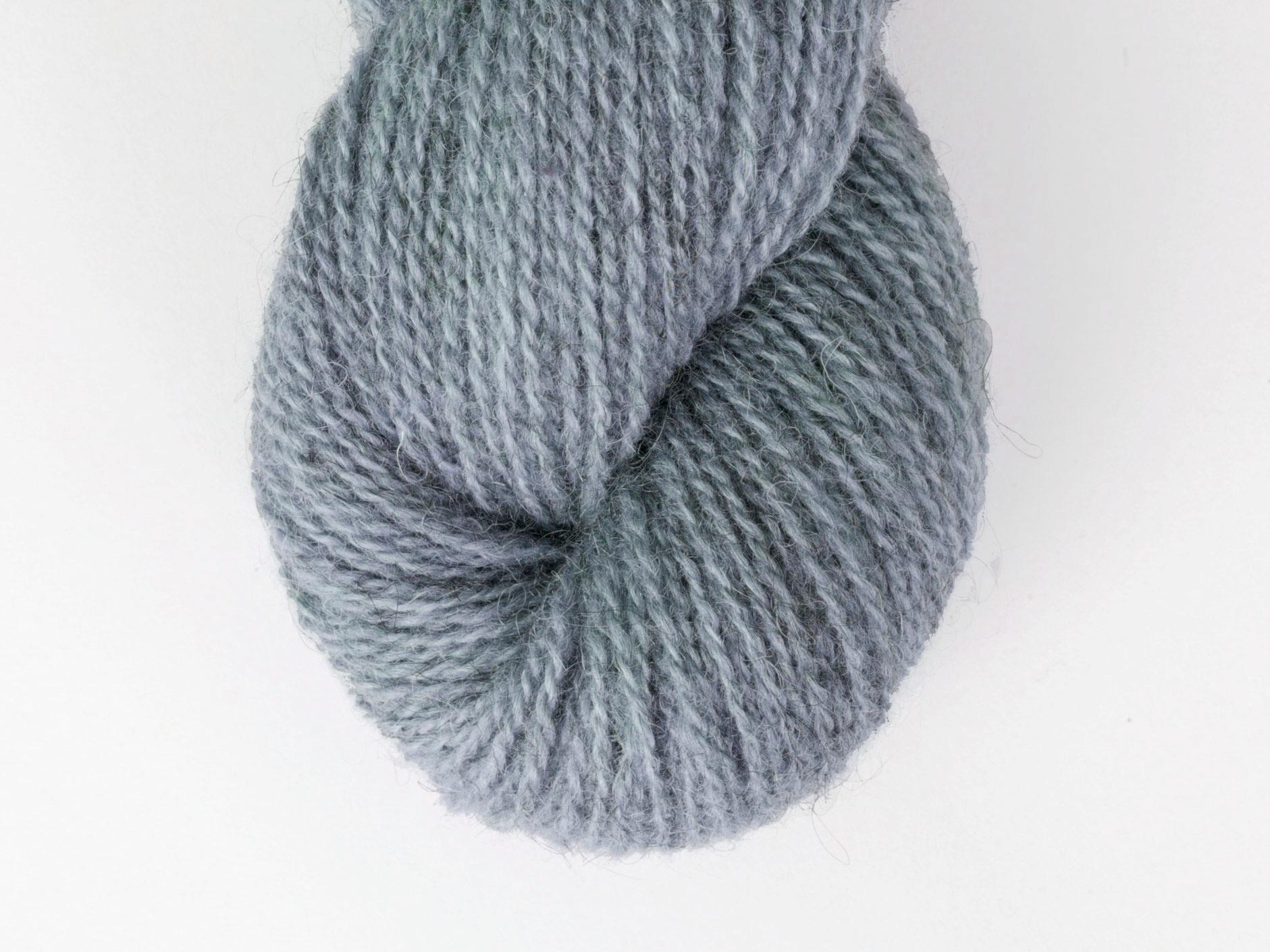 Bohus Stickning garn yarn BS 10 wool blue gray