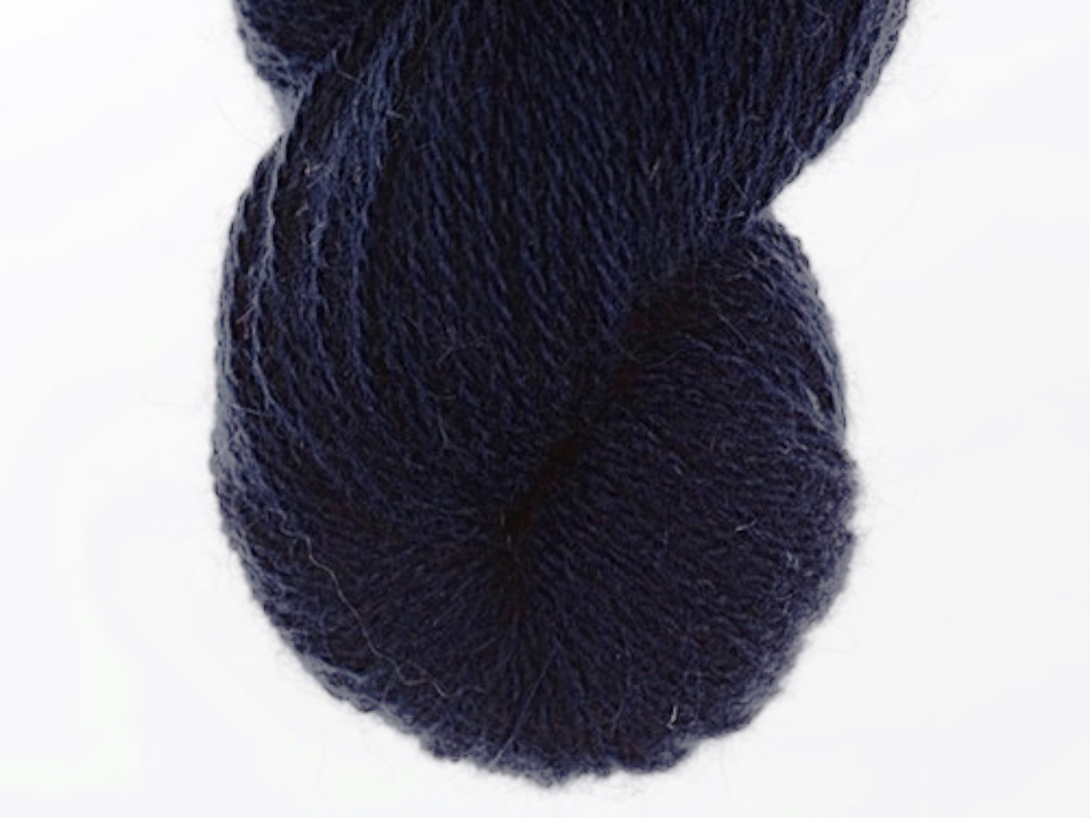Bohus Stickning garn yarn BS 61 wool dark blue main color