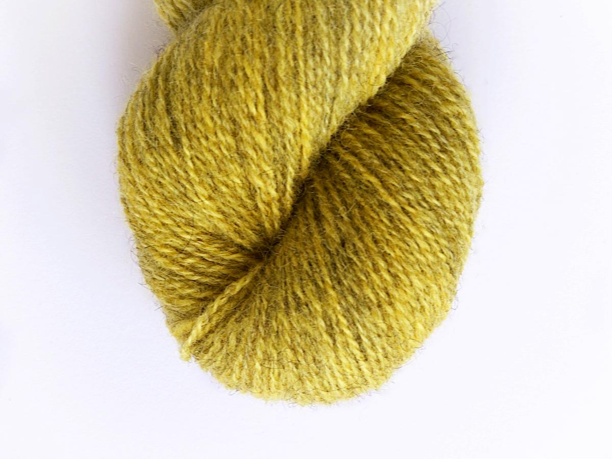 Bohus Stickning garn yarn BS 153 yellow wool