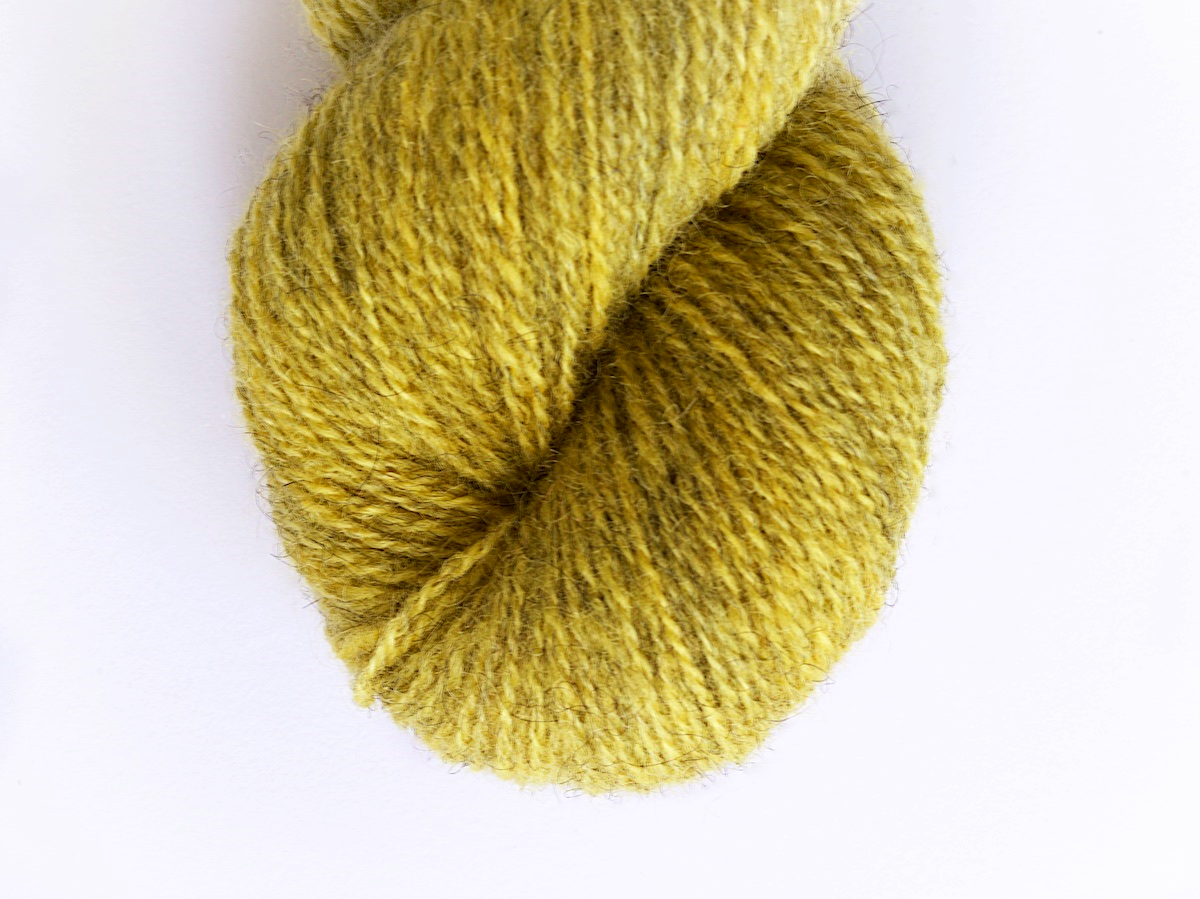 Bohus Stickning garn yarn BS 72 yellow wool