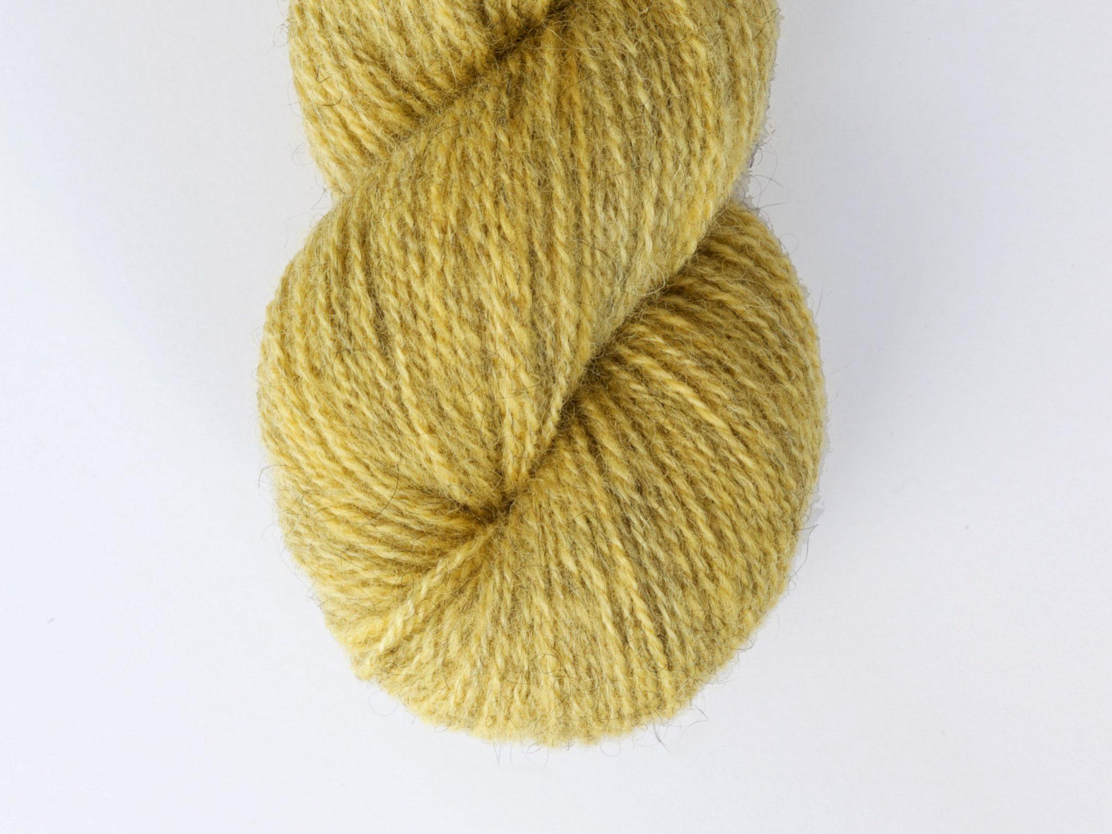Bohus Stickning garn yarn BS 46 yellow