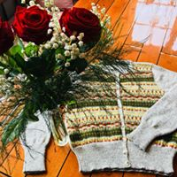 Bohus Stickning Blomsterrabatten jumper/kofta kit