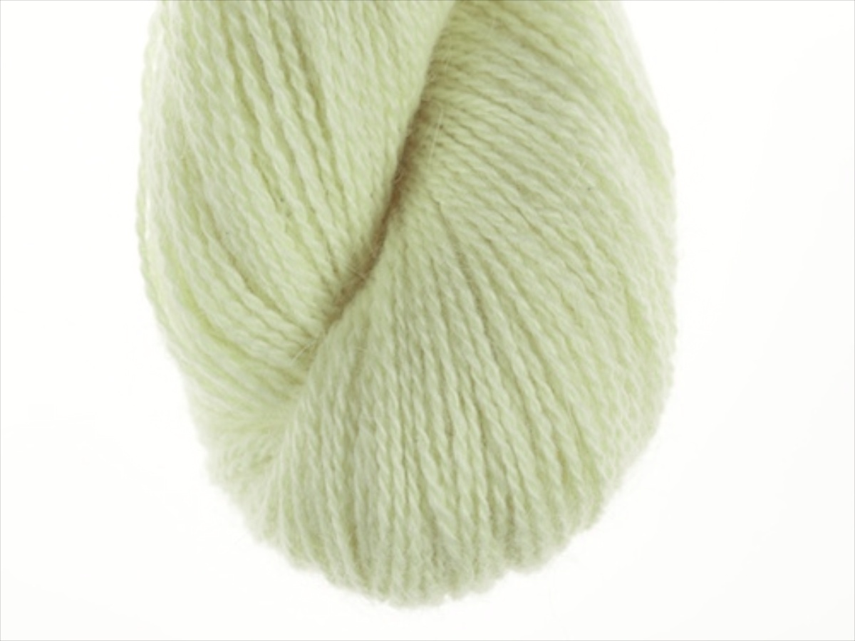 Bohus Stickning garn yarn BS 146 light yellow green