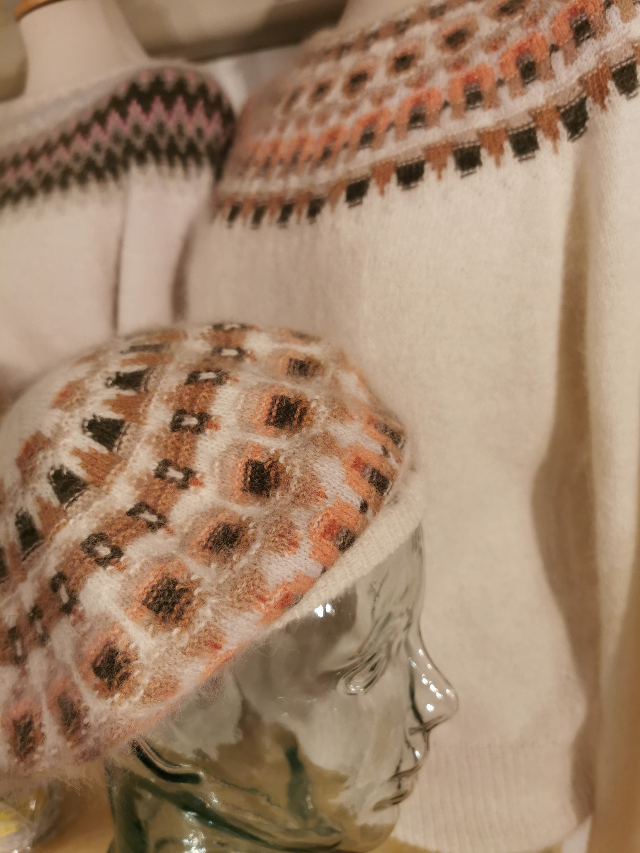 Bohus Stickning Crevetten vit pullover/cardigan kit