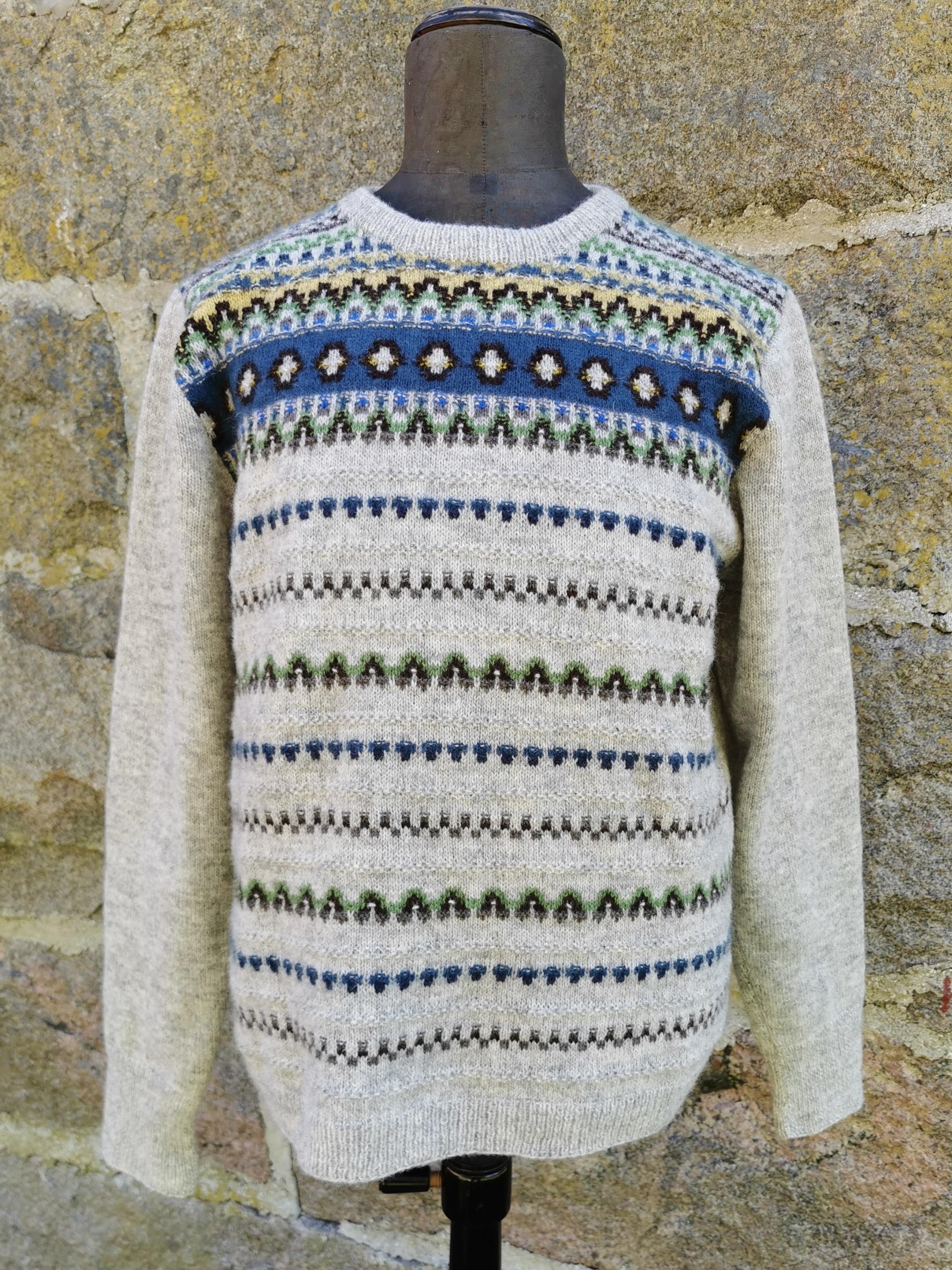 Bohus Stickning Blue Eskimo man´s pullover cardigan kit