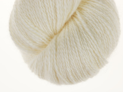 Natura white lambswool main color yarn