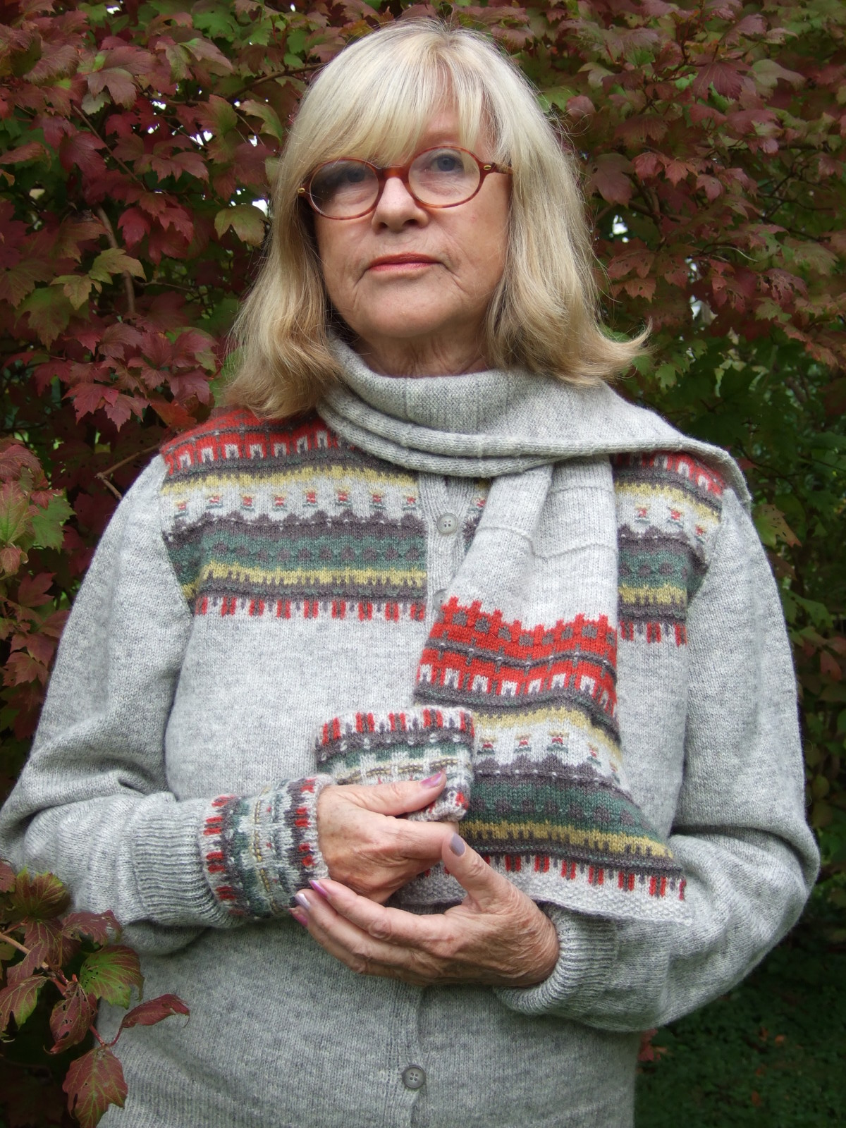 Bohus Stickning the Green Meadow patterned scarf kit