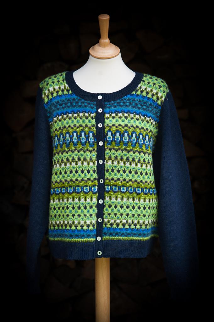 Bohus Stickning Scilla jumper/kofta kit, foto Karin Björk