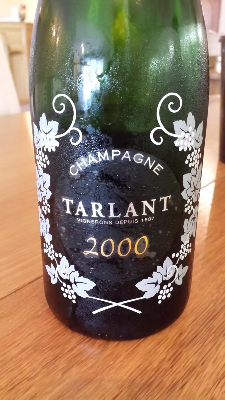 Tarlant 2000 Extra Brut 90% Chardonnay -10% Pinot Noir