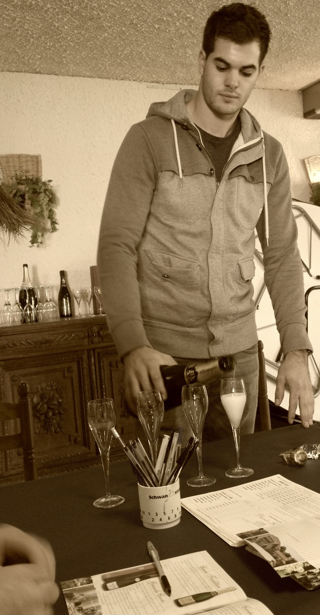 Adrien Dhondt & fantastisk Champagneprovning vid vårt besök i november.