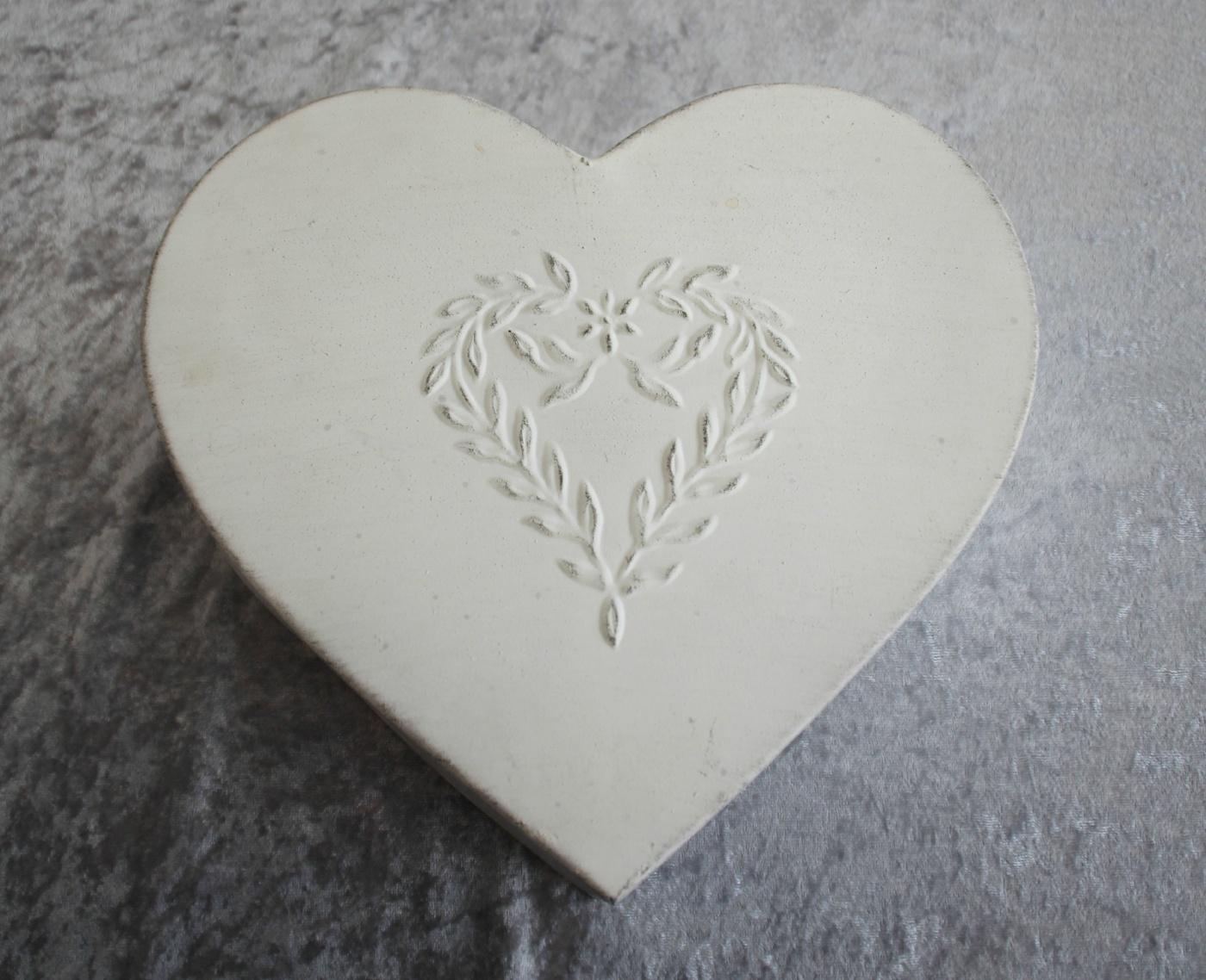 001 Hjärtburk stor