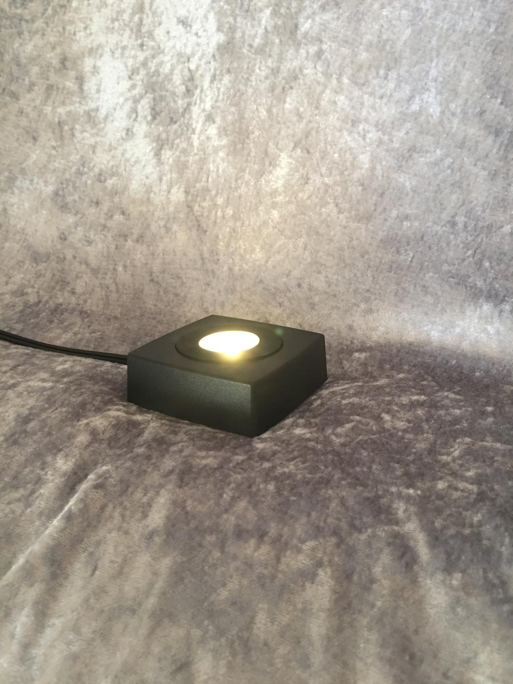 Ljusbox tänd