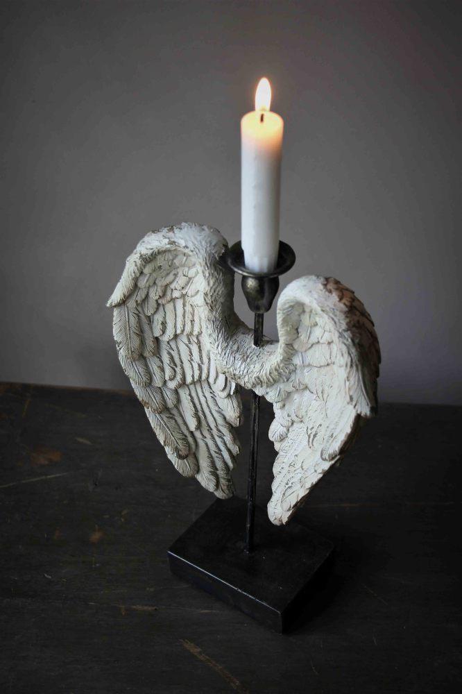 03 angelwings vintage